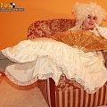 Zdjęcie hrabiny z gry internetowej Arena Albionu www.arena-albionu.pl #gra #erotyka #dziewczyna #kobieta #hrabina #suknia #sukienka #RPG #MMORPG