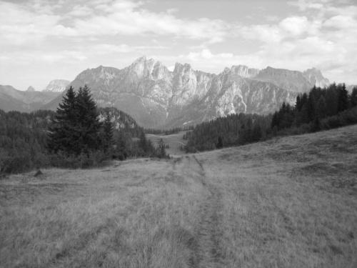 / B & W / #góry #Dolomity #Włochy